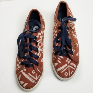 Gotta Flurt Lenwood Canvas Sneakers